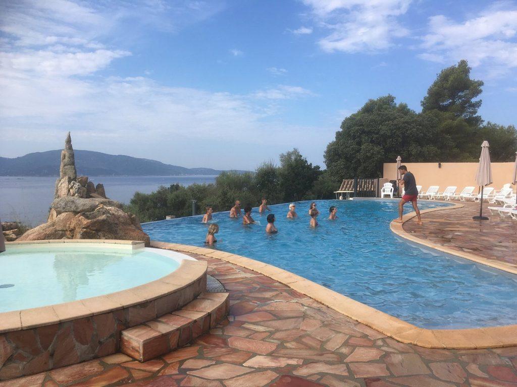 Camping L'esplanade : La Piscine A Debordement - Camping Propriano